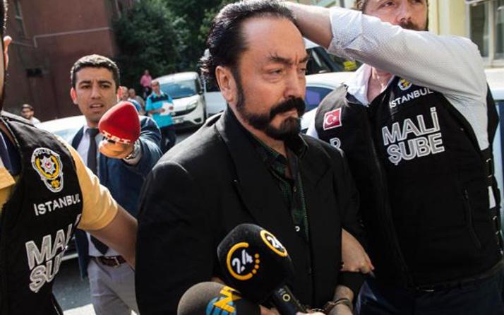 Adnan Oktar'ın gözaltı görüntüleri ilk açıklama geldi