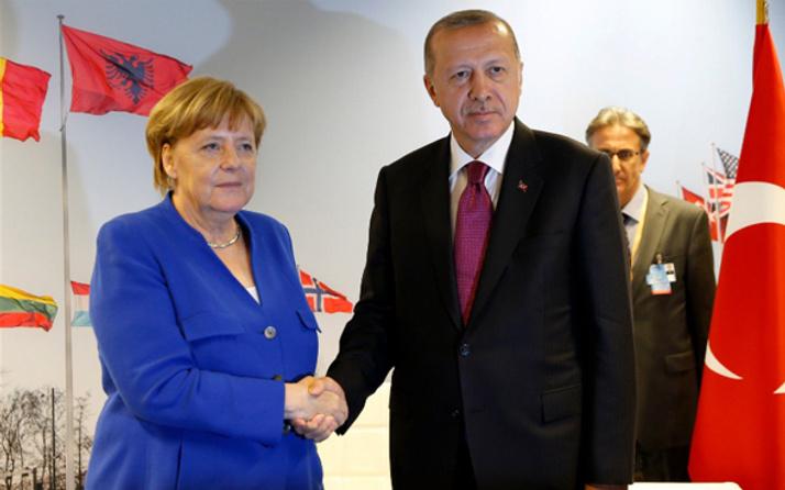 Erdoğan ile Merkel bir araya geldi