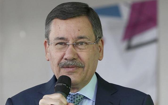 Mustafa Tuna'dan Melih Gökçek'e şok!