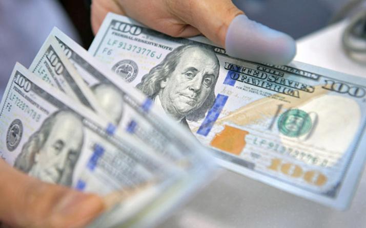 Dolar kritik seviyeyi aştı enflasyon tahmini sonrası...