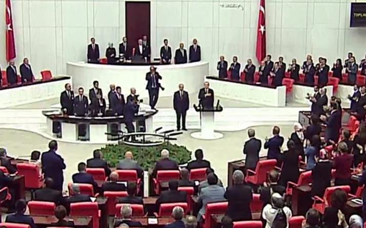 Erdoğan'ı görünce kalkmadılar! CHP'lilerin yemindeki şok tepkisi