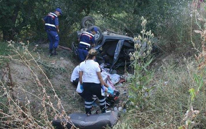 Afyon'da feci kaza: Ölü ve yaralılar var