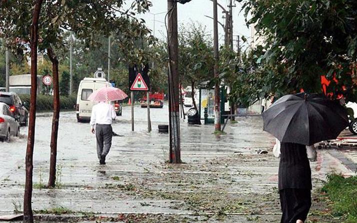 Çanakkale sağanak yağış başladı saatlik hava durumuna bakın!