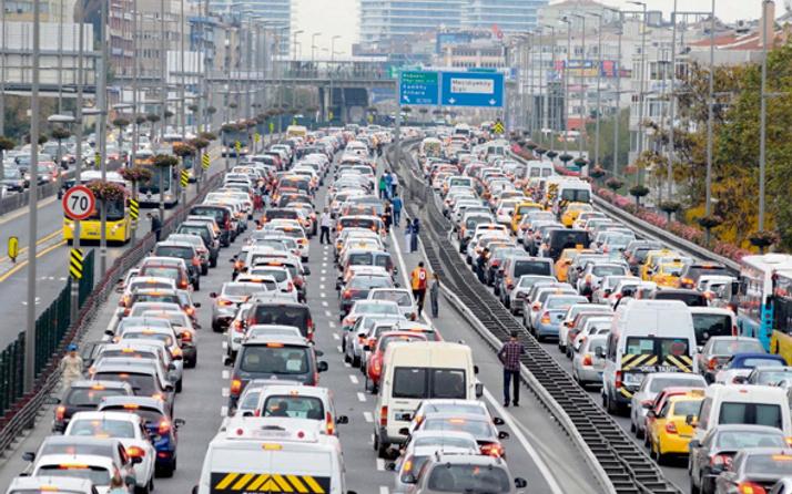 İstanbul büyük göçe hazırlanıyor yollar kapatılacak mı?