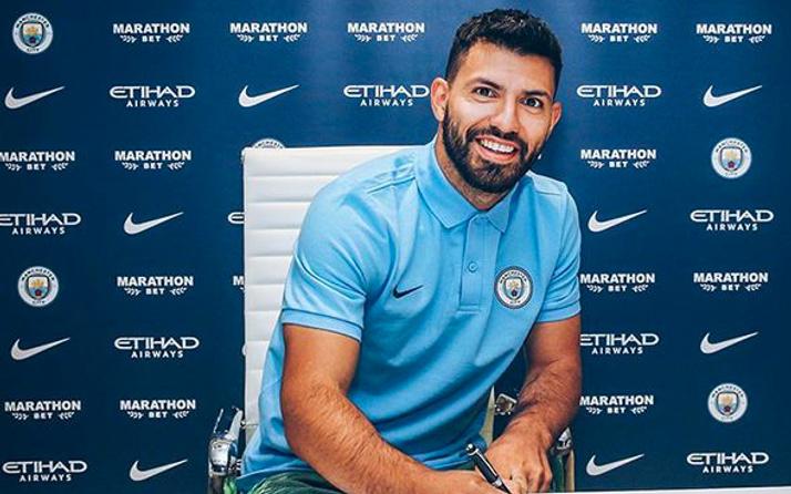 Agüero Manchester City'le olan sözleşmesini uzattı