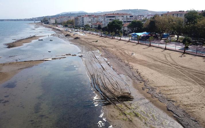 Yalova'da deniz suyu 25 metre çekildi! Bölge halkı endişeli