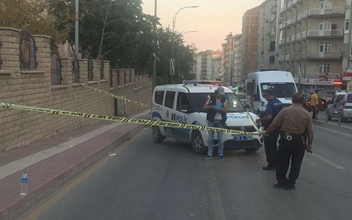 Durdurulan zanlılar polise ateş açtı: 1 polis yaralı!