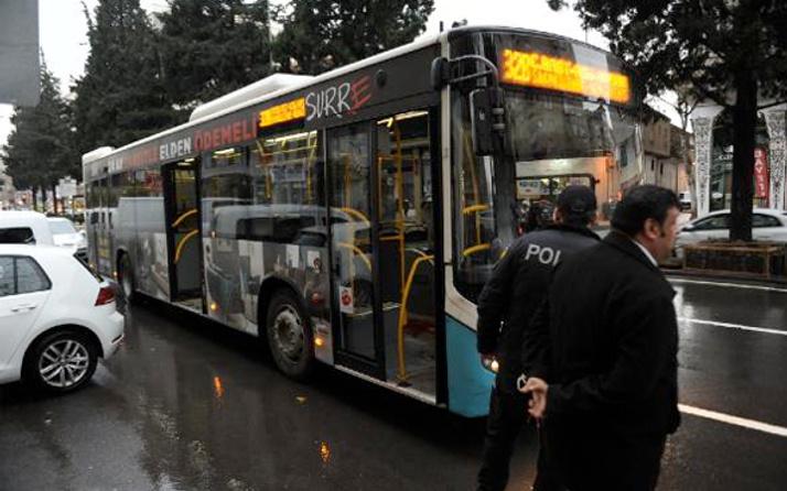 Özel halk otobüsünde taciz kavgası kadın yer değiştirince