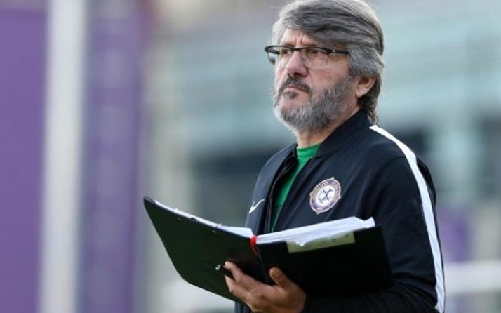 Azerbaycan milli takımı Mustafa Reşit Akçay'a emanet