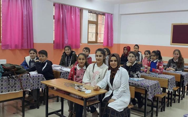 Minik yürekler, Yemen için kapı kapı dolaştı