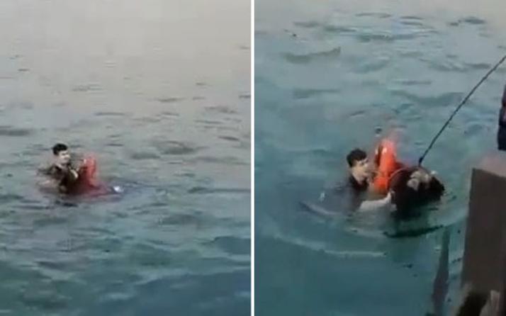 Kadıköy'de can pazarı! Kahraman polis denize düşen kızı böyle kurtardı