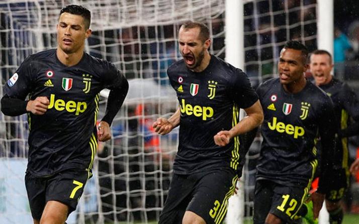 Nefes kesen maçta Juventus güldü