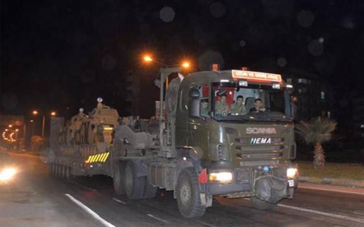 Komando birlikleri Suriye'ye sınırında