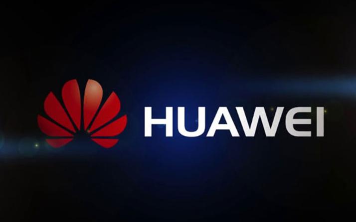 Huawei yeni yıl mesajını rakibi iPhone'den attı ortalık karıştı