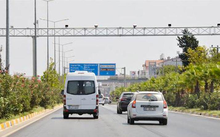 Otoban hız limiti sınırını aşan ne kadar trafik cezası alacak-2019