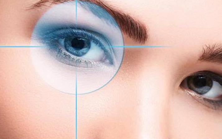 Katarakt hastaları akıllı lens ile sorunlarından kurtuluyor