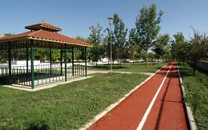 Tuzla'ya ay-yıldızlı sosyal tesis