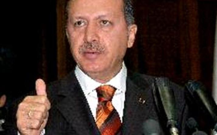 Erdoğandan Pamuka tebrik