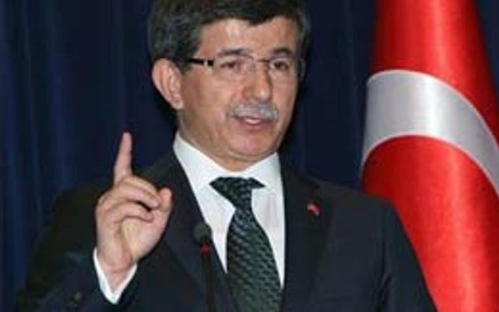 Ahmet Davutoğlu yine İsrail'i uyardı