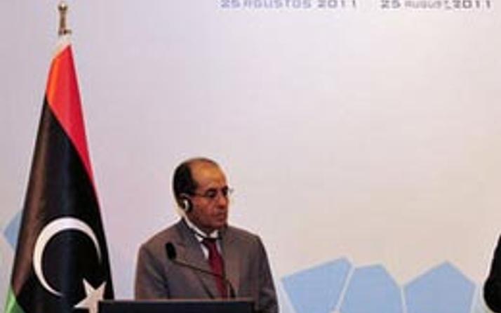 Libya'daki yeni konseyi 50 ülke tanıdı