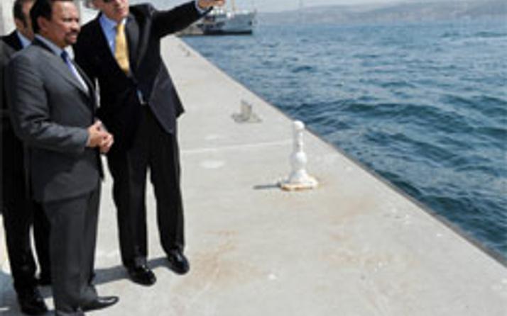 Erdoğan Sultan'a Marmaray'ı gösterdi