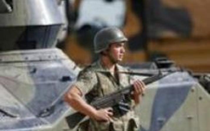 Suriye sınırında askere ateş açıldı