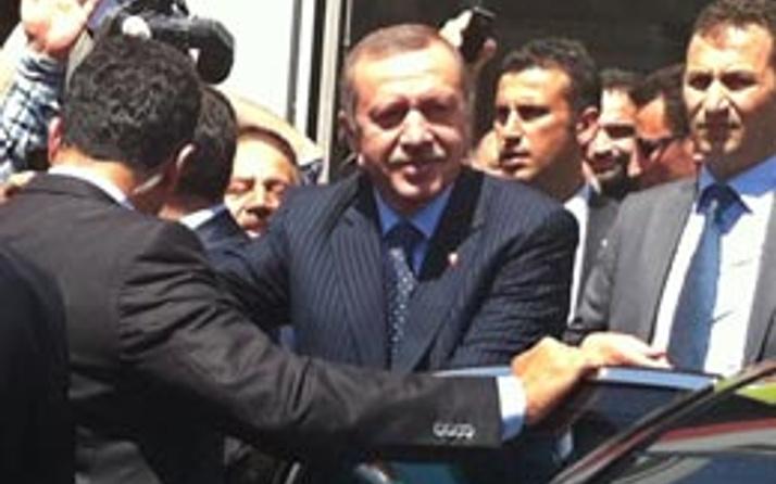 Erdoğan'ın aracı bir anda durdu