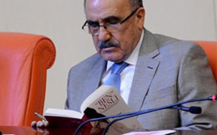 Atalay'ın okuduğu kitaba dikkat!