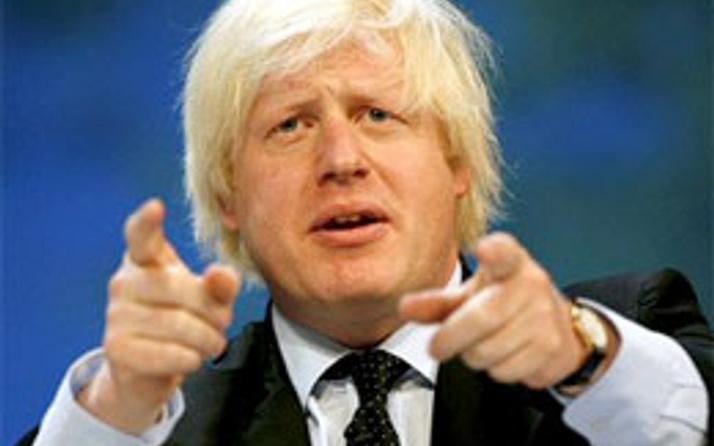 Londra Belediye Başkanı kadınları kızdırdı