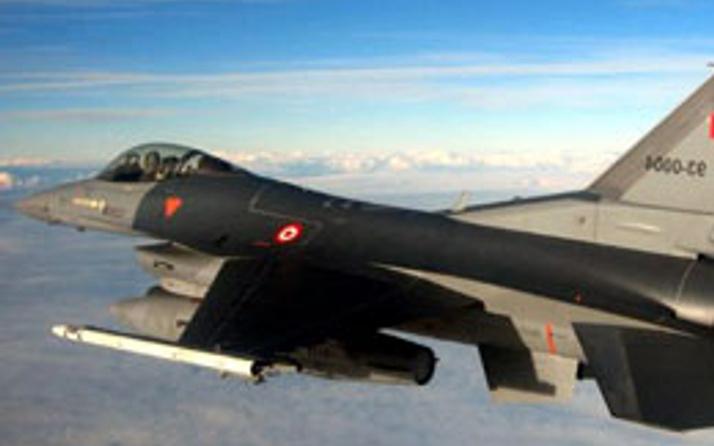 Suriye'den Türk F16'larına taciz