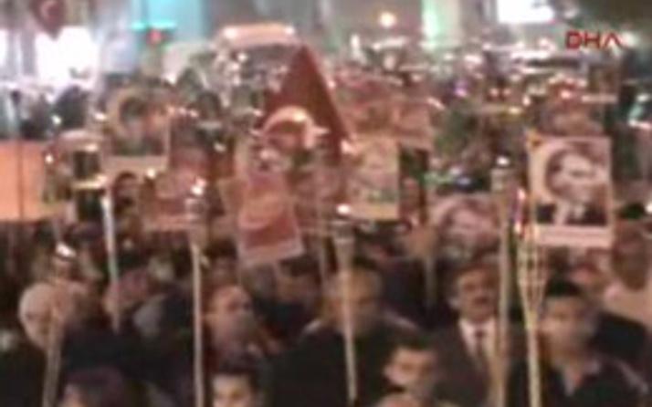 Fener alayında Gezi Parkı sloganı