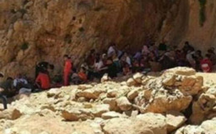 IŞİD'ten kaçan onbinlerce Ezidi Kürt Şengal dağında aç susuz!