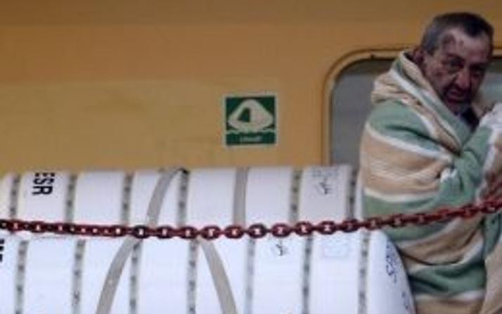 Yanan feribotta ölenlerin sayısı 10'a çıktı