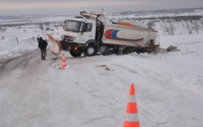 İstanbul Tekirdağ yolu ulaşıma kapandı