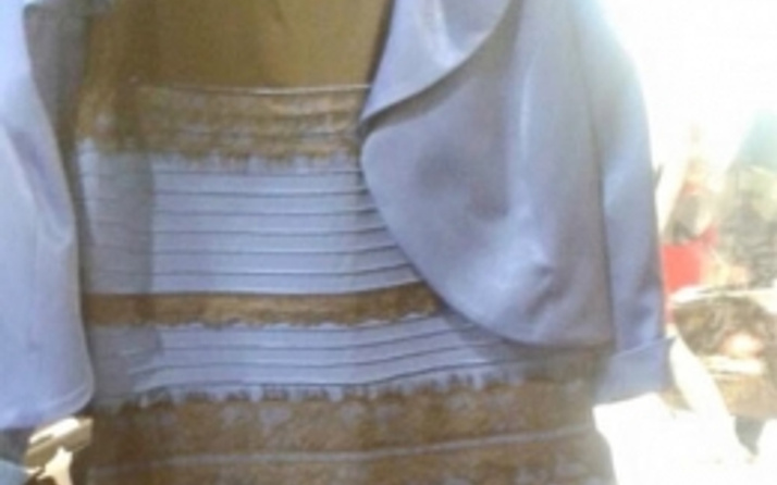Bu elbise ne renk? İşin sırrı çözüldü