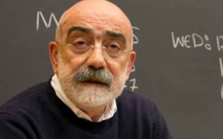 Ahmet Altan'dan AK Parti seçmenine ağır sözler