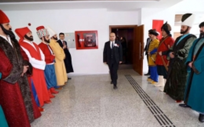 Yalçın Akdoğan'ın polis paylaşımı olay oldu
