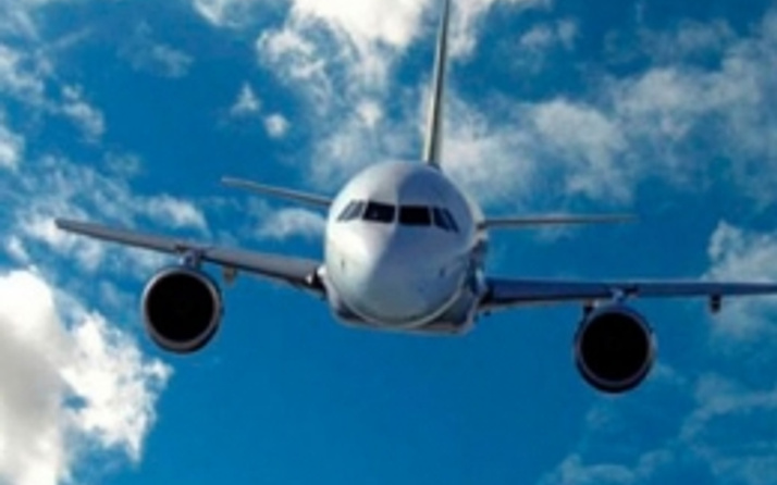 Uçakta canlı bomba alarmı