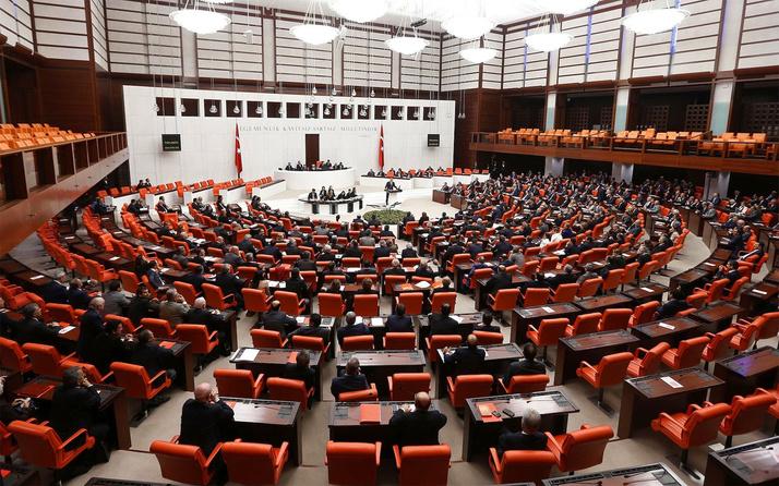 AK Parti'nin 12 maddelik teklifi TBMM'de