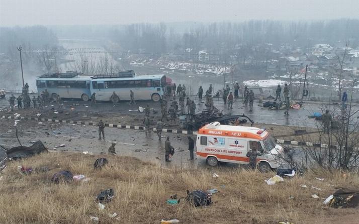 Keşmir'deki saldırıda ölü sayısı 40'a yükseldi