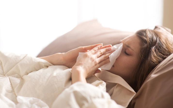 Yunanistan ve Fransa gripten kırılıyor! Ölü sayısı 3 bine dayandı