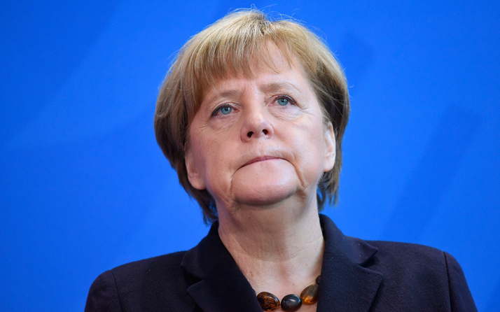 Angele Merkel'den ABD ve Çin ekonomisine karşı atak