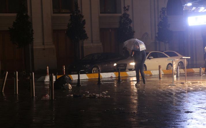 İstanbul'da kar yerini yağmura bıraktı