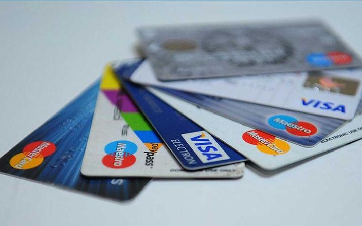 Kredi kartıyla alışverişte temassız ödemelerde işlem limiti 120 TL'ye yükseltildi
