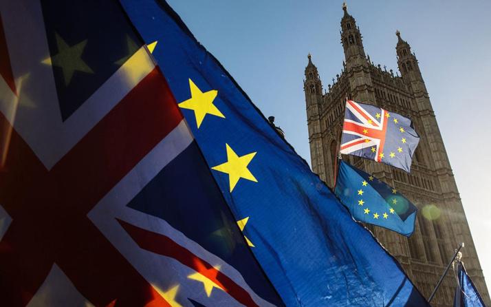Avrupa Birliği ve İngiltere'nin Brexit müzakereleri sürecek
