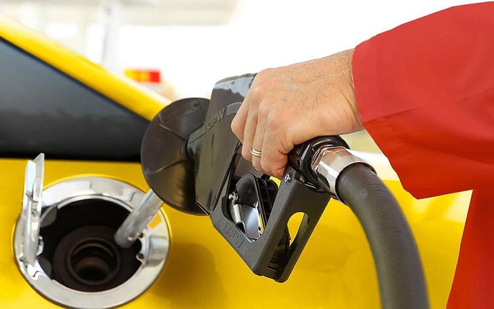 Benzine üst üste zam üretim azaldı fiyatları arttı
