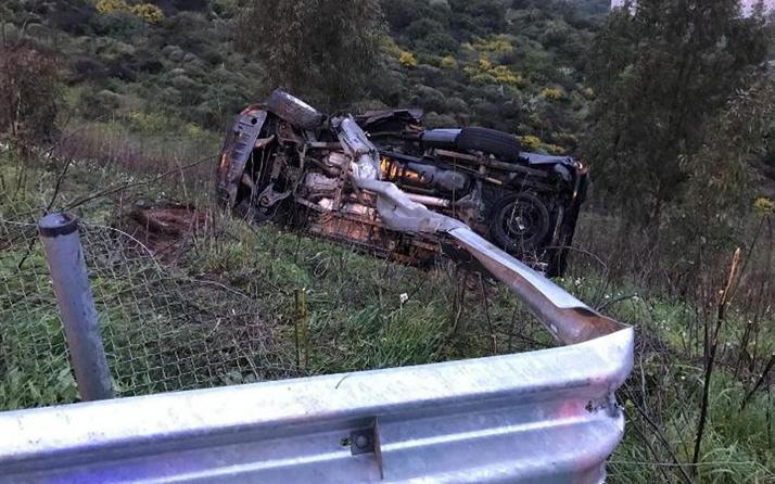 Devrilen otomobildeki iki polis hayatını kaybetti
