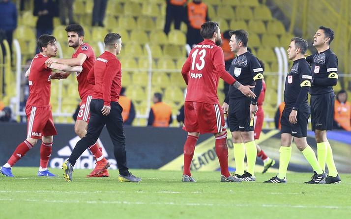 Demir Grup Sivasspor faturayı hakeme kesti