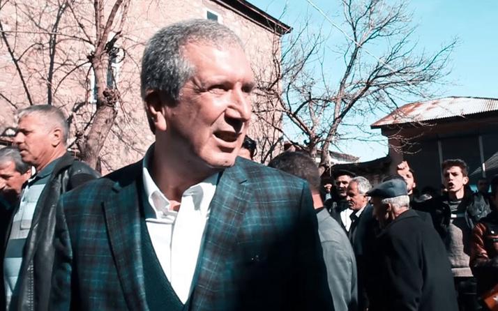 Belediye başkanına silahlı keserli saldırı