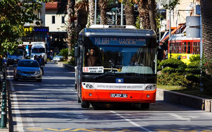 AK Partili belediye ücretsiz otobüs uygulamasını seçimi kaybedince kaldırdı